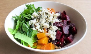 Buddha bowl butternut, betterave, feta