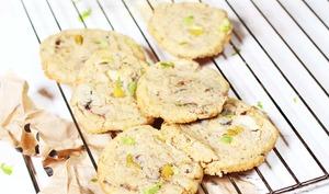 Cookies moelleux à la figue, chocolat blanc et zeste de citron vert