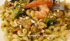 Pâte au brocoli et crevettes au pesto ail des ours