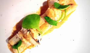 Aperges de Malines, plie et sauce mousseline