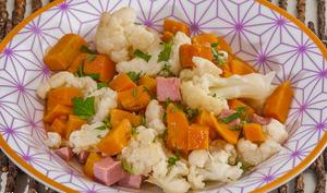 Salade de chou fleur à la patate douce et au jambon blanc