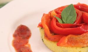 Polenta à l'olive et ses poivrons rouges grillés