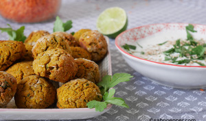 Falafels de lentilles corail et sauce citron vert