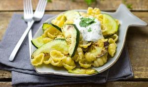 Sauce verte au yaourt, saveurs cresson, basilic, ail et citron