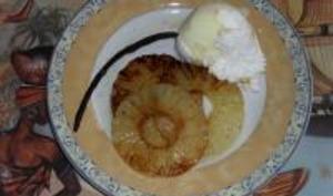 Ananas au Vieux Rhum Cuit à la Plancha