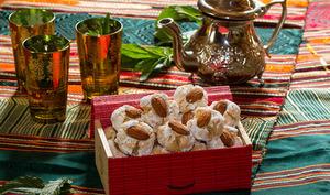 Ghoriba aux amandes et à la noix de coco
