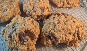 Cookies à l'avoine, chocolat au lait et orange