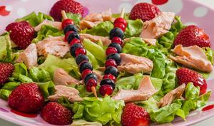 Salade de saumon aux fraises
