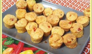 Petits moelleux aux poivrons marinés et piment d'Espelette