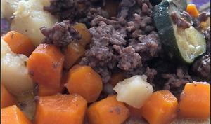 Viande hachée et ses légumes