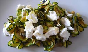 Salade de courgettes grillées et feta