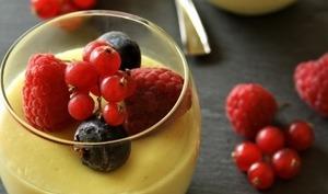 Petites crèmes aux fruits rouges