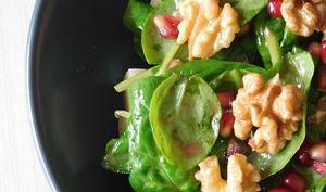 Salade aux noix