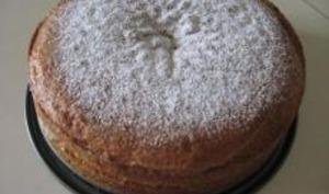 Biscuit Léger à la Compote de Rhubarbe