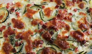 Gratin de courgettes à la mozzarella et au basilic