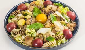 Salade de pâtes aux légumes d'été