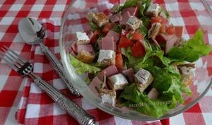 Salade composée aux croûtons de St-Morêt