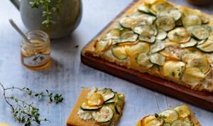 Tarte fine au fromage frais et aux courgettes