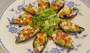 Moules d'Espagne en Tapas aux piment doux, poivrons rouge, fenouil,tomates et vinaigrette aux Xérès