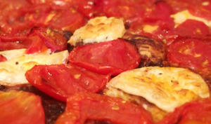 Tarte fine drômoise à la tomate