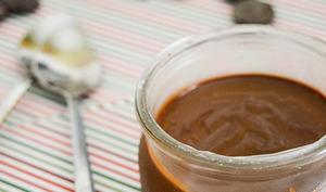 Crèmes onctueuses au chocolat noir