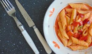 Penne rigate, sauce aux poivrons