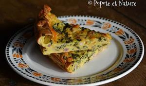 Clafoutis salé aux bettes, chou kale, courgette, cheddar et lardons