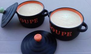 Crème de courgette à la muscade et au fromage ST MORET