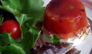 Timbales à la tomate, truite fumée et fromage frais