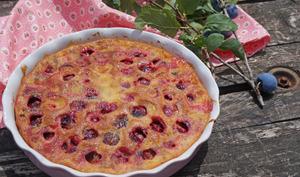 Gâteau aux prunes, romarin et huile d'olive