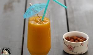 Smoothie vitaminé aux fruits