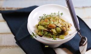 Moules aux fèves et au fenouil