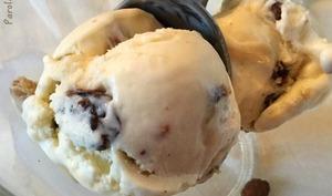 Glace vanille rhum raisins