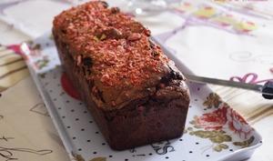 Cake au chocolat et pralines roses
