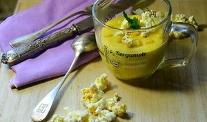Velouté de maïs au popcorn