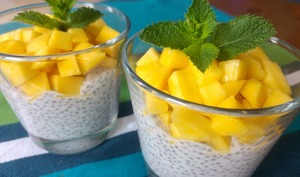 Pudding graines de chia, lait de coco, mangue