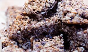 Barres de céréales au chocolat, aux noisettes et aux amandes