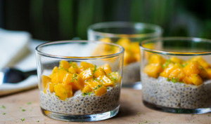 Crème aux graines de chia et à la mangue