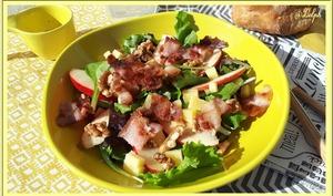 Salade de Pomme, Lard, Noix et Comté