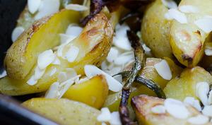 Pommes de terre et haricots verts aux amandes