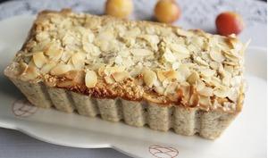 Cake bananes/flocons d'avoine/mirabelles/amandes