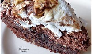 Gâteau chocolat-noisettes meringué