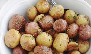 Pommes de terre primeurs ou nouvelles, sautées en cocotte