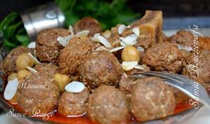 tagine boulettes Algérien sauce rouge
