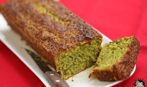 Cake matcha amandes kiwi