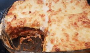 Lasagnes à la bolognaise avec béchamel au parmesan