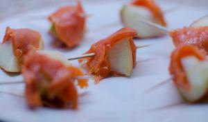 Bouchées au saumon fumé et à la pomme