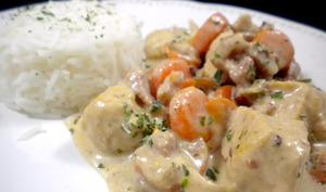 Filets de poulet aux lardons et à l'estragon