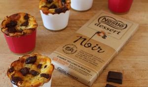 Muffins façon invisible aux poires et éclats de chocolat