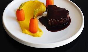 Boeuf carottes et sa sauce miroir